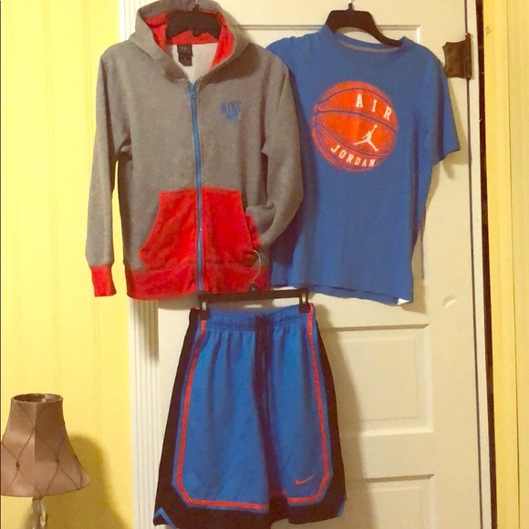 Nike Other - Nike boys hoodie t-shirt and shorts